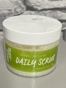 Body Scrub (One Size) – Herbal